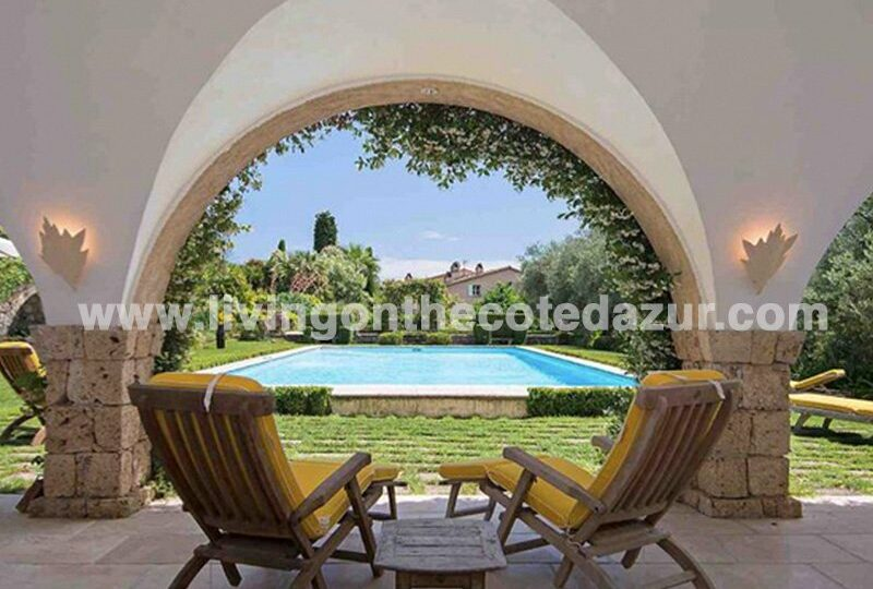 Authentic stone Bastide from 1895, in Cannes hinterland