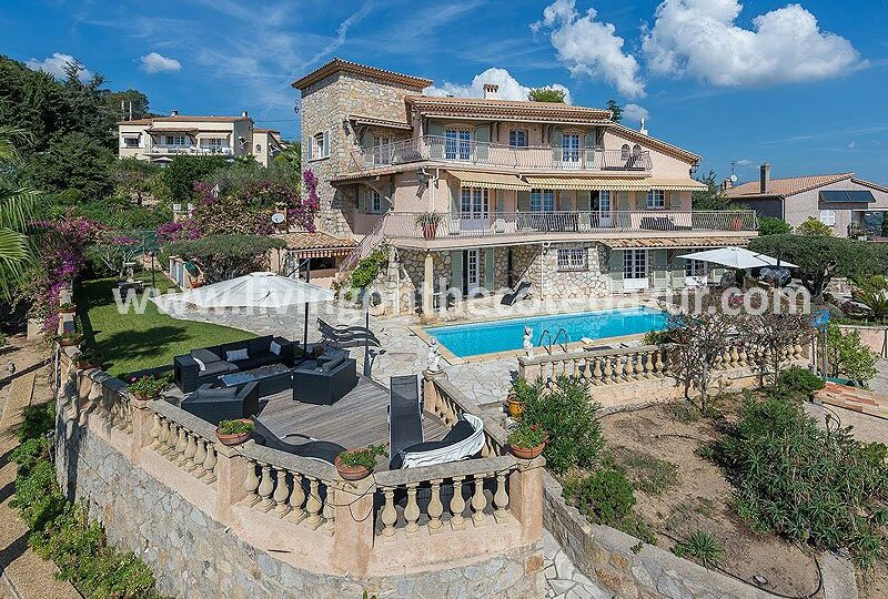 Cool provencal stone villa with views on the sea and your for Maison du monde grasse
