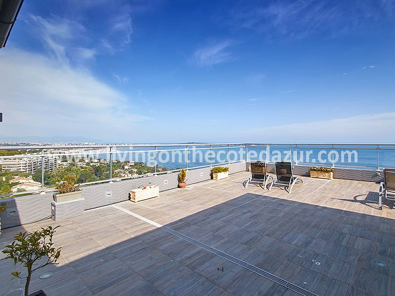 The finest Cannes Californie penthouse is for sale in Saint Michel Valetta