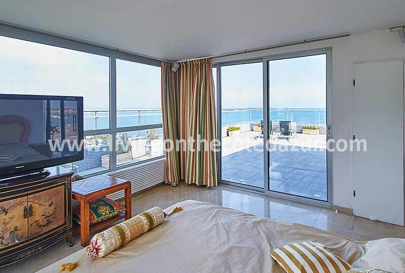 The-finest-Cannes-Californie-penthouse-is-for-sale-in-Saint-Michel-Valetta-8