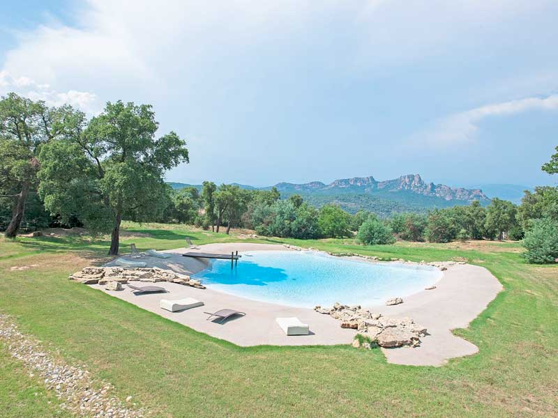 Renovated stone bastide with helicopter pad, Roquebrune sur Argens
