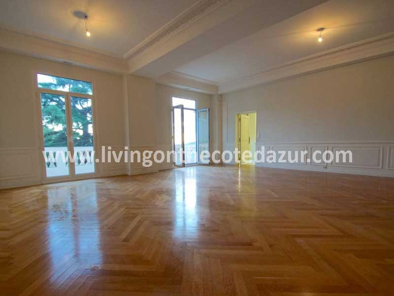 Large apartment Nice Cimiez with style and class in Bourgeois palace