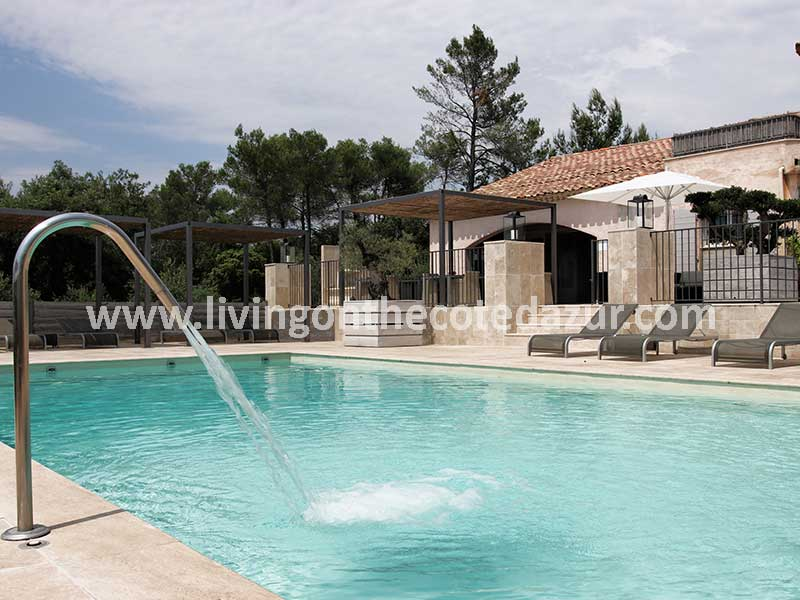 For sale luxury bastide boutique hotel in the heart of Provence