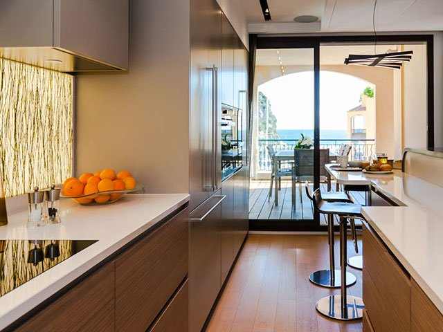 New apartment on the French Riviera? All you need to buy is a kitchen