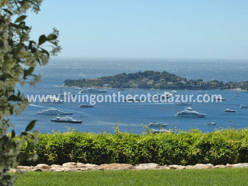 Characteristic stone villa in absolute top location Beaulieu sur Mer