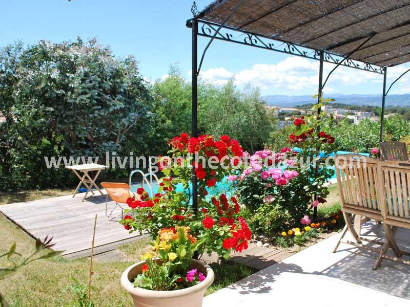 New Provencal style villa Cannes la Bocca
