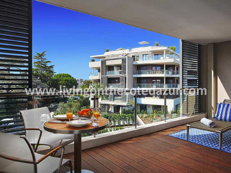 Holidays at Cap d'Antibes; invest in 5-star apartment