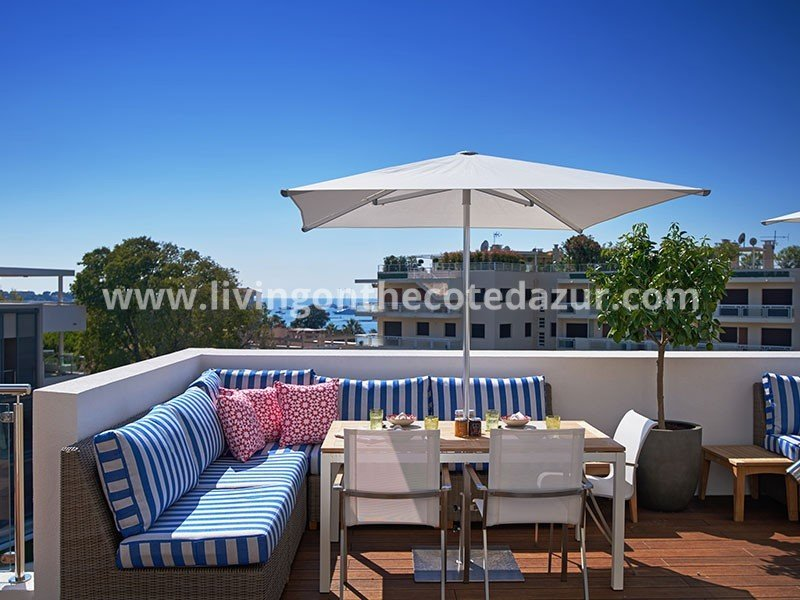 New penthouse with roof terrace Cap d'Antibes