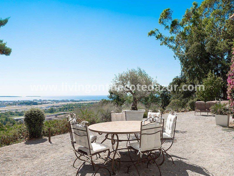 Large family villa Mandelieu from 1900 with swimming pool and sea view
