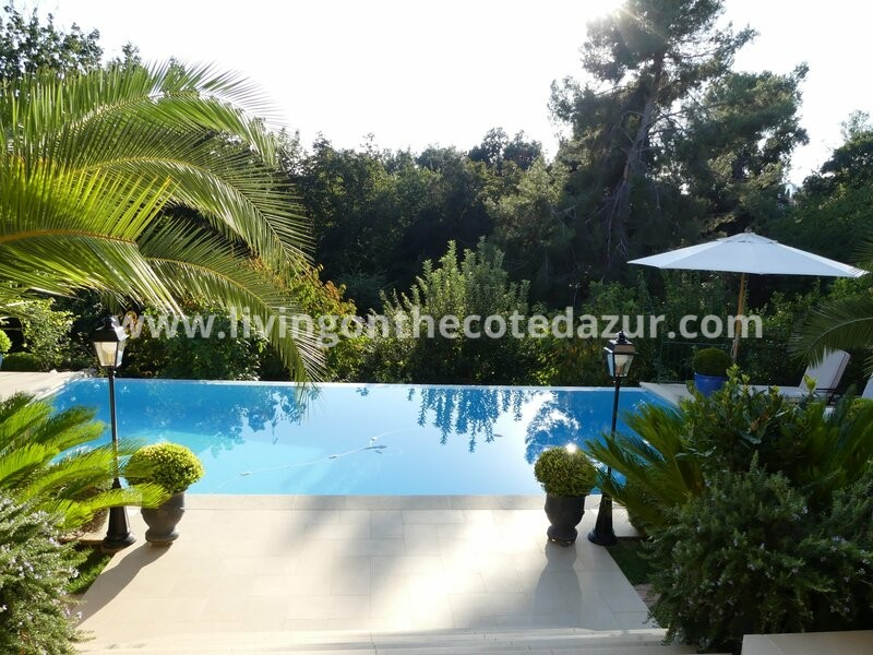 Spacious holiday villa Vence Vosgelade