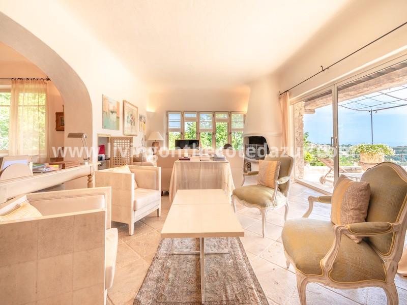 Large stone villa Saint Paul de Vence with panoramic sea view