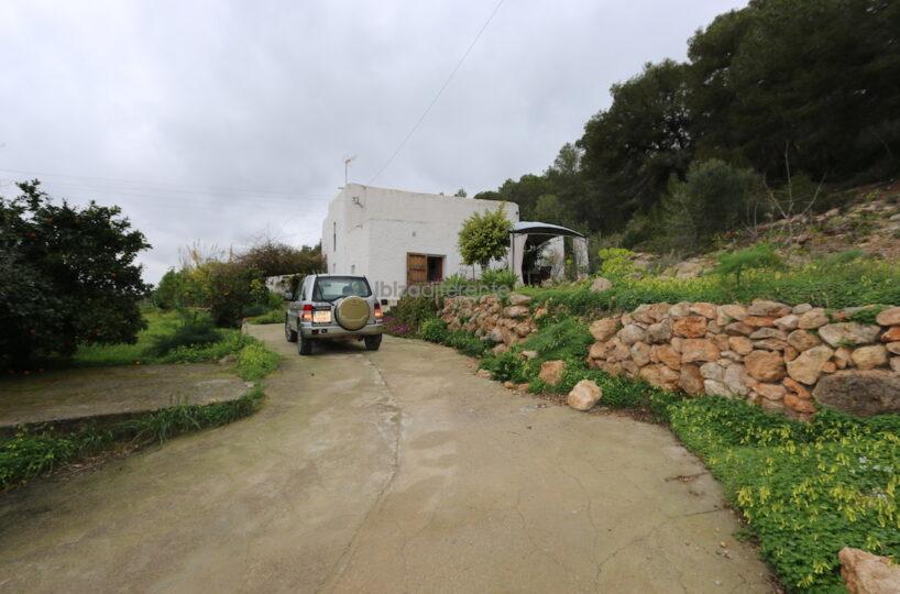 Traditional Finca with large lot of land - San Lorenzo De Balafia, Ibiza