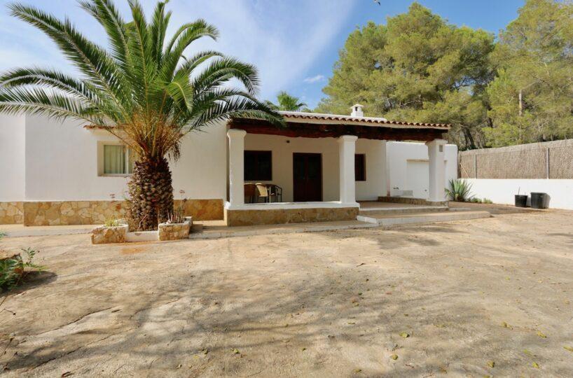 Beautiful Finca with pool and tennis court - San Rafael, Ibiza