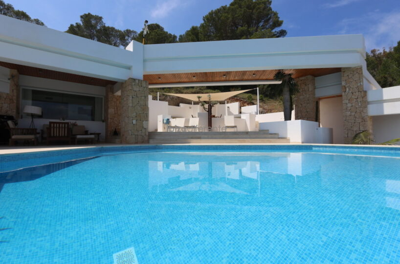 Contemporary villa with sea views - Cala Carbo, Ibiza
