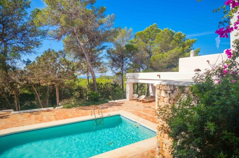 Prestige property with guesthouse, boathouse on large plot - Cala Conta, Ibiza
