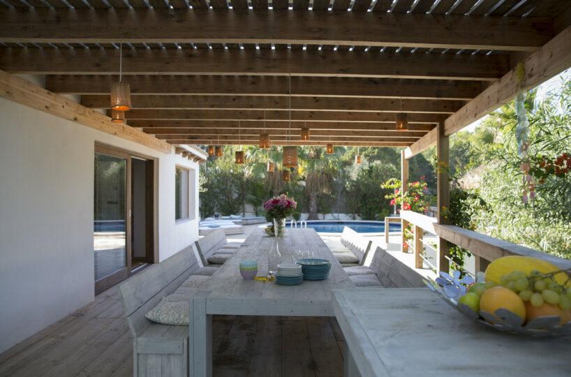 6 bed villa with guesthouse, pool and tennis court - Cala Tarida, Ibiza