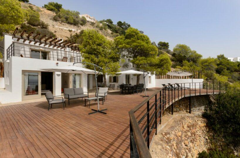 Exclusive beachfront villa - Es Cubells, Ibiza