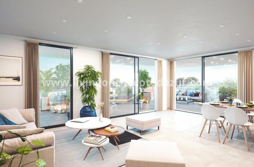 Villeneuve Loubet, 3 bedrooms top floor with sea view