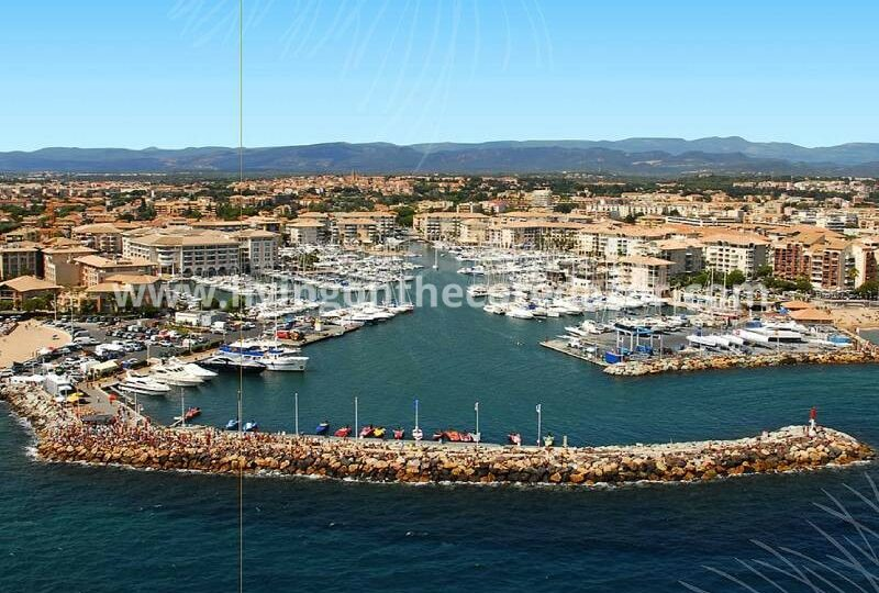 New build apartments Fréjus, 5 minutes walk from the beach