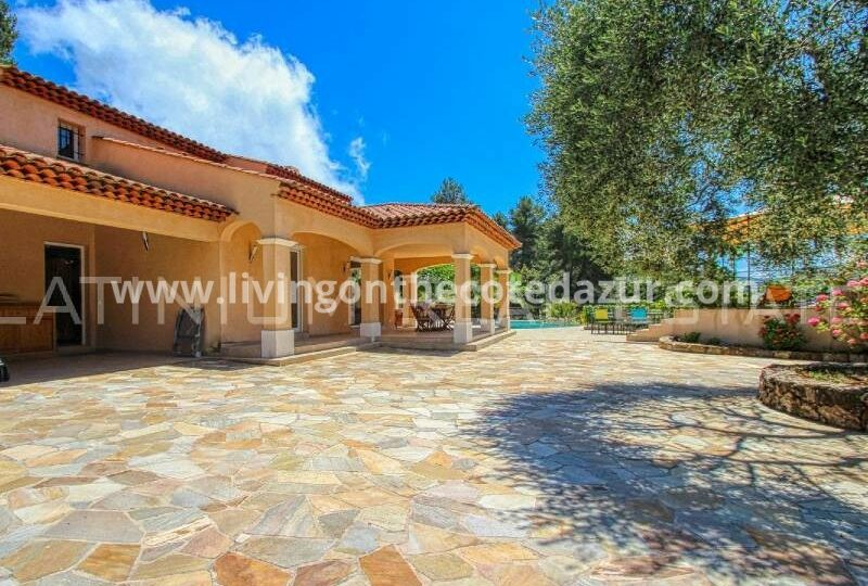 Serenely located Provencal villa La Turbie, Saint Martin de Peille
