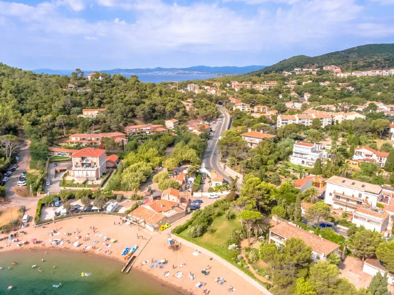 New built apartment 150 meters from Camp Long Agay beach, Saint Raphael
