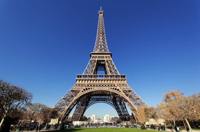 Find the real estate secrets of Paris: off-market Hotel Particulier for sale